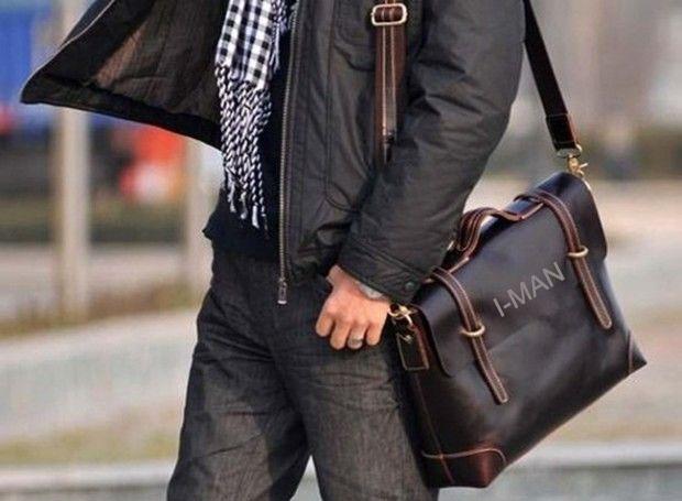 Как носить мужскую сумку через плечо